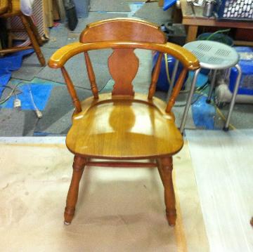 椅子の磨き施工